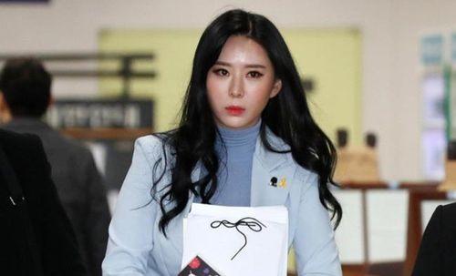 Nhân chứng duy nhất trong vụ án Jang Ja Yeon bị kiện vì lừa dối