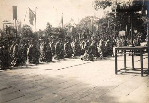 Vua triều Nguyễn ban gì cho các quan trong ngày Tết Đoan ngọ?