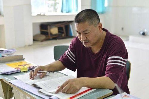 22 lần trượt Đại học, người đàn ông 52 tuổi vẫn quyết tâm dự thi lần thứ 23