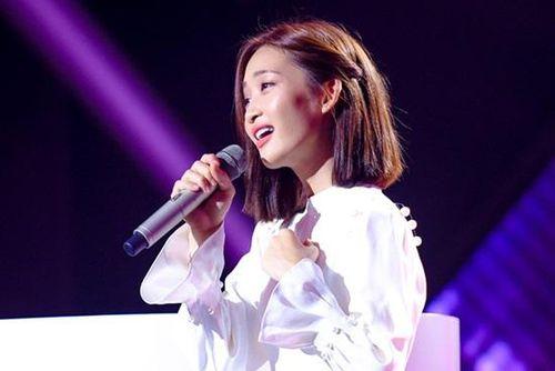 Bị nghi thiên vị hotgirl Juky San tại Giọng hát Việt, Hồ Hoài Anh và NSX lên tiếng