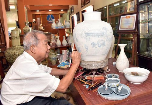 Chuyện những người giữ lửa tinh hoa Gốm Việt