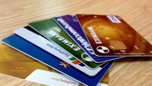 Các ngân hàng cần đem lại nhiều giá trị gia tăng cao cho khách hàng dùng thẻ