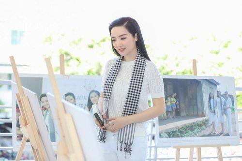 Hoa hậu Giáng My: Suốt mấy chục năm qua, tôi chưa được trao lại vương miện cho ai