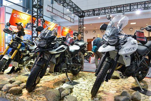 Nhiều mẫu môtô khủng hội tụ tại HN, vắng bóng Ducati