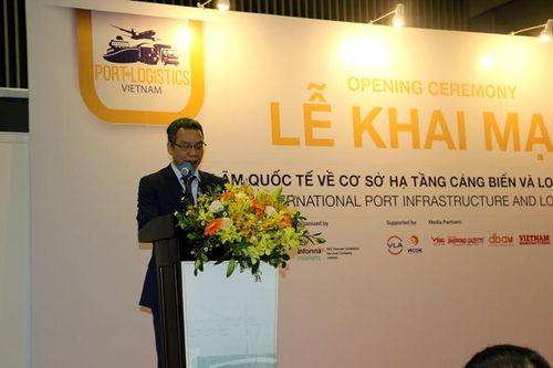 Khai mạc triển lãm quốc tế về cơ sở hạ tầng cảng và logistics tại Việt Nam