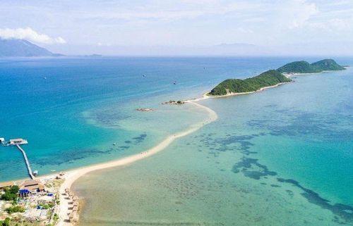 Khánh Hòa: Lật ghe ở vịnh Vân Phong, 3 khách du lịch tử vong