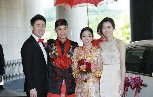 Sau ái nữ 'vua sòng bạc', thiên kim Hong Kong 'khệ nệ' vòng vàng trong ngày cưới