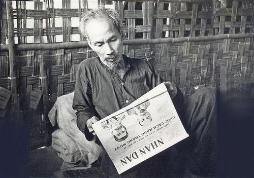 Lịch sử các chế độ báo chí ở Việt Nam