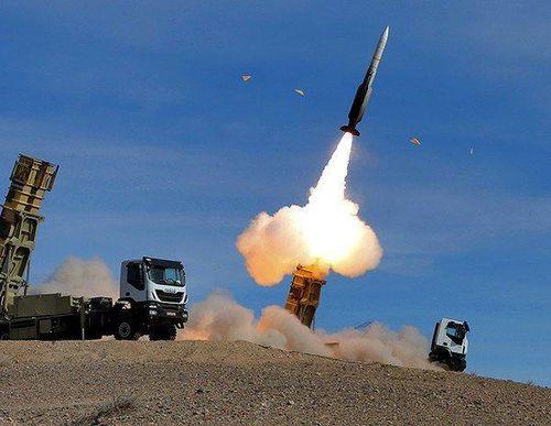 Hủy diệt máy bay không người lái 'triệu đô': Không cần Nga trợ lực bằng S-400, Iran vẫn khiến Mỹ 'ngộp thở'?