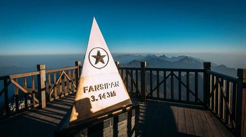 Độ cao chính xác của đỉnh Fansipan sau khi đo lại là bao nhiêu?