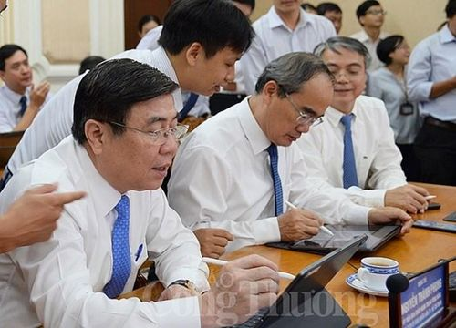 HCM City moves to paperless government