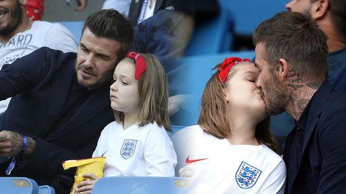 David Beckham lại gây tranh cãi vì hôn môi con gái Harper