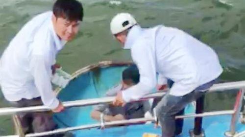Vụ tàu cá bị chìm giữa biển: 'Nhiều tiếng kêu cứu'