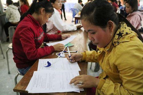 Nhiều giải pháp giúp người lao động thất nghiệp tìm được việc làm