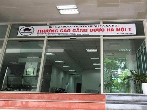 Trường Cao đẳng Dược Hà Nội vẫn ngang nhiên tuyển sinh ở những địa điểm bị dừng