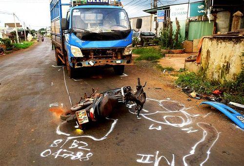Nhức nhối tình trạng sử dụng rượu bia tham gia giao thông ở nông thôn