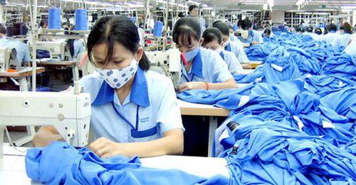 Nikkei: Ngày càng nhiều cạnh tranh trong ngành may mặc tại Việt Nam