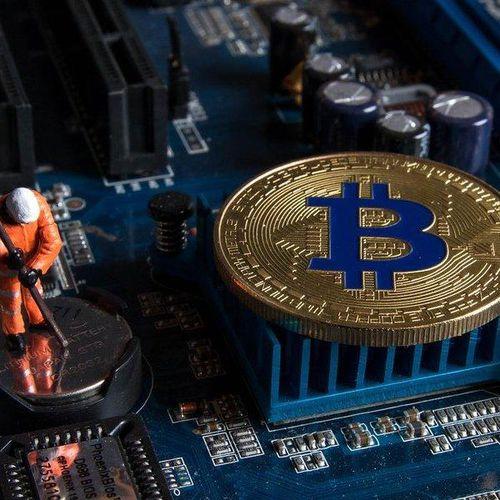 Bitcoin tiêu thụ điện cao hơn cả nước Thụy Sĩ gộp lại