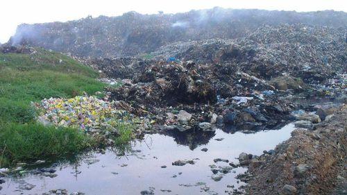 Ám ảnh lượng rác thải 'khổng lồ' của thành phố biển Sầm Sơn