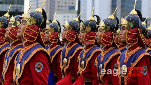 Toàn cảnh diễu binh hoành tráng của 'con cháu' Thành Cát Tư Hãn