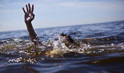 Đi câu cá ở hồ gần nhà, 2 anh em chết đuối
