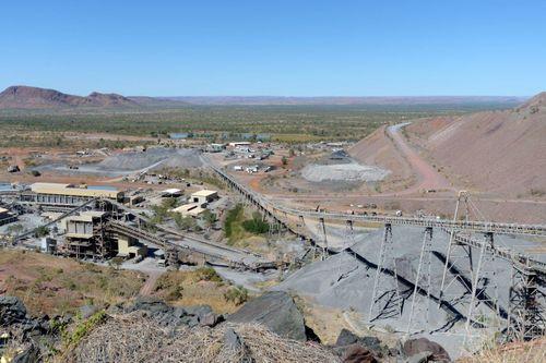 Mỏ kim cương lớn nhất thế giới ngừng hoạt động