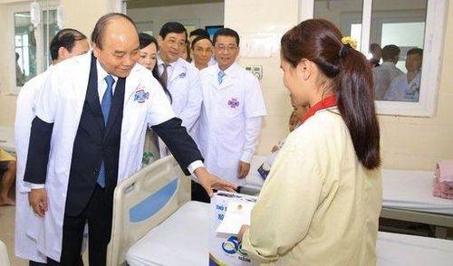 Chuyện người mẹ ung thư vú ở Hà Nam được Thủ tướng ví là 'Câu chuyện cổ tích giữa đời thường'