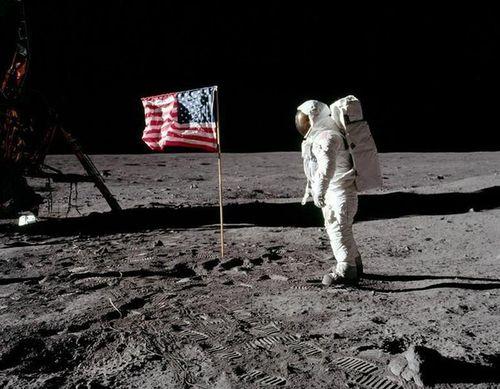 50 năm chinh phục Mặt trăng, ngắm loạt ảnh 'độc' của NASA