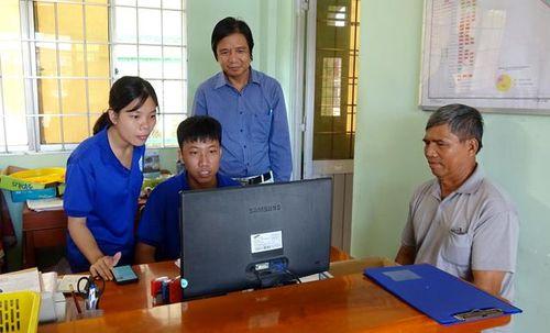Đẩy mạnh thực hiện dịch vụ công trực tuyến