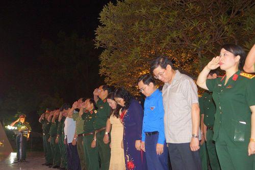 Âm vang Điện Biên - Linh thiêng nến tri ân