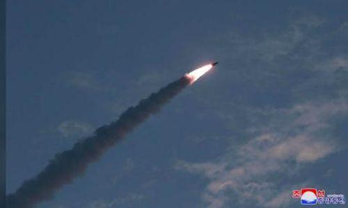 Kim Jong Un nói vụ thử tên lửa là cảnh báo gửi đến Hàn – Mỹ