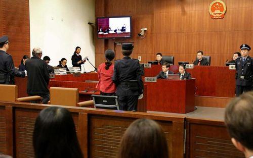 Trung Quốc: Người mẹ nhận nuôi 118 đứa trẻ bị kết án 20 năm tù vì tội lừa đảo