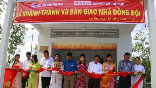 Báo PLVN trao tặng nhà mới cho gia đình Anh hùng liệt sỹ, Nhà báo Nguyễn Mai: Trách nhiệm trước hy sinh mất mát của các thế hệ cha anh