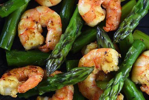 Không nhiều người biết những thực phẩm phổ biến nào chứa chất gây ung thư vú