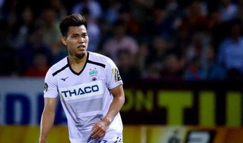 Bất ngờ với lý do Văn Thanh được xếp đá trung vệ trận gặp Thanh Hóa