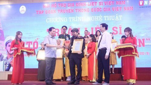 Doanh nhân Nguyễn Hoàng Sang tham dự Chương trình Tri ân liệt sĩ 'Tổ quốc nhìn từ biển'