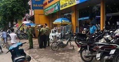 Hà Nội: Bảo vệ siêu thị Điện máy Xanh bị chém xối xả