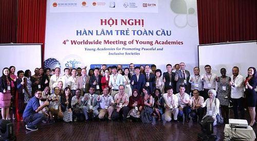 Cầu nối khoa học Việt Nam với thế giới