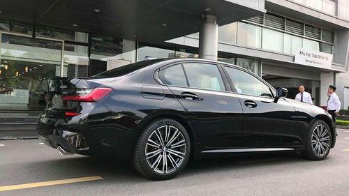 BMW 330i M Sport giá 2,379 tỷ đồng sắp ra mắt tại Việt Nam