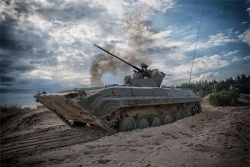 BMP-1 Barsumanin cực mạnh của Nga chỉ tương đương... Type 86G Trung Quốc