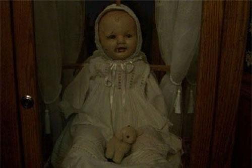 Top 8 búp bê ma đáng sợ nhất thế giới: Annabelle chỉ xếp thứ 6