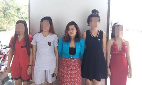 Lời khai của nữ quản lý quán karaoke môi giới cho tiếp viên bán dâm ở Sài Gòn