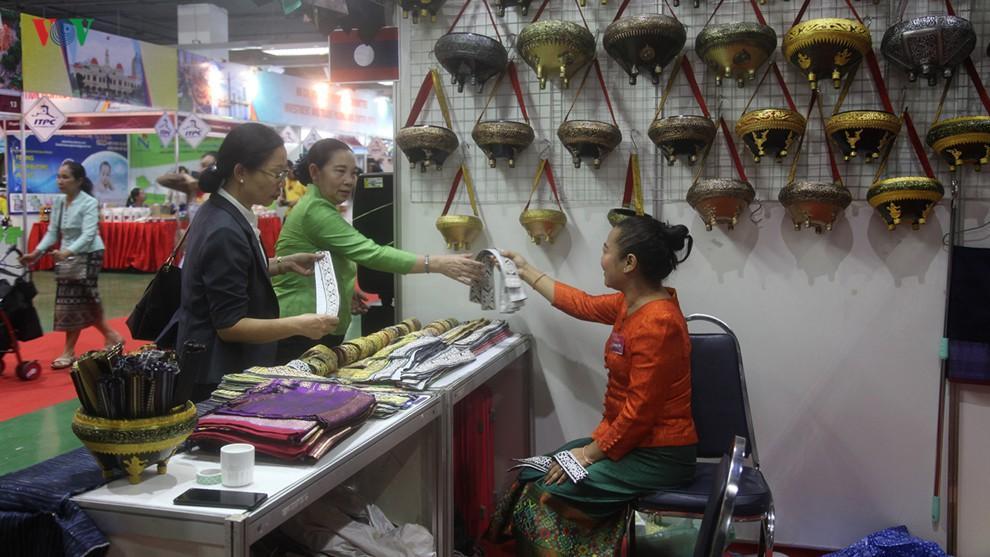 Xây dựng chợ biên giới để thúc đẩy giao thương Việt - Lào