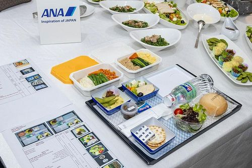 Trải nghiệm bữa ăn 5 sao trên chuyến bay cùng Hàng không All Nippon Airways