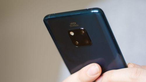 Huawei Mate 30 không được phép chạy Android và các ứng dụng Google