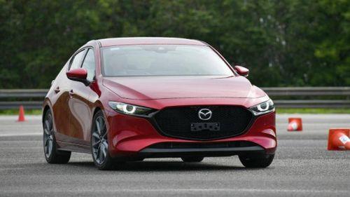 Hé lộ hình ảnh của Mazda 3 hoàn toàn mới sắp ra mắt tại Thái Lan