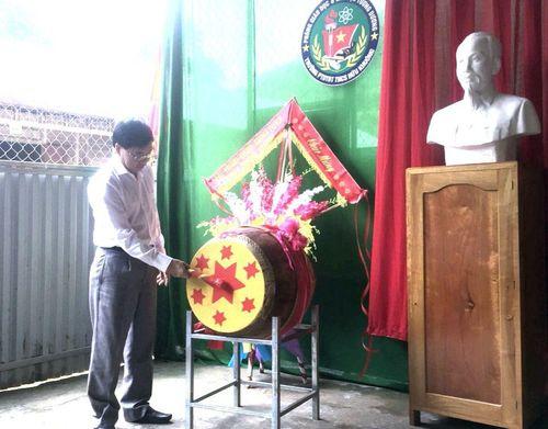 Trường học ở xã nghèo nhất Nghệ An tổ chức khai giảng sớm