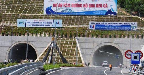 Hạ tầng giao thông còn yếu kém, lạc hậu, là 'điểm nghẽn' của quá trình phát triển