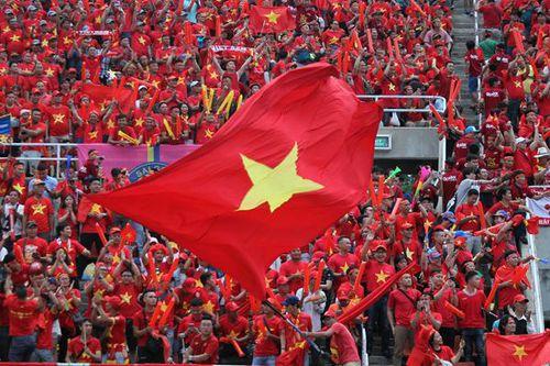 CĐV Việt Nam để lại ấn tượng tốt đẹp trên đất Thái