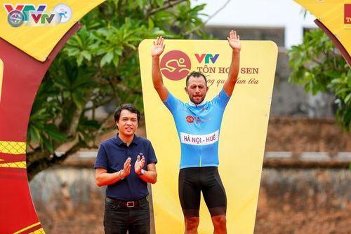 Giải xe đạp quốc tế VTV Cúp Tôn Hoa Sen 2019: Im Jae Yeon giành lại áo vàng sau chặng 6